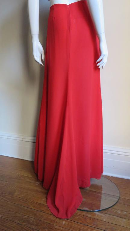 Fabulous Valentino Plunge Gown With Cutout Waist 3