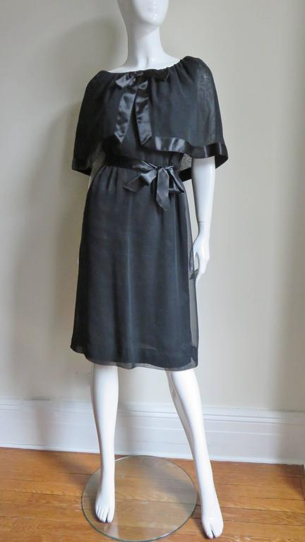 Travilla Dress with Capelet 1970s For Sale 2