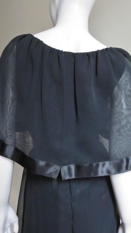Travilla Dress with Capelet 1970s For Sale 5