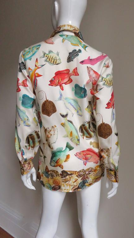 1990s Gucci Silk Fish Print Shirt For Sale 3