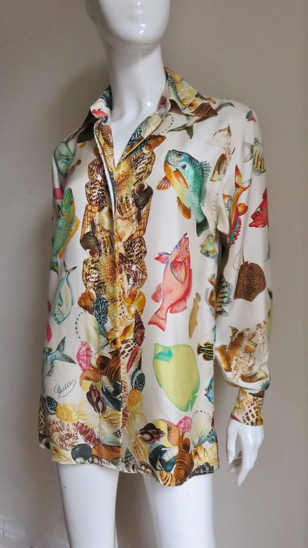 1990s Gucci Silk Fish Print Shirt In New Never_worn Condition For Sale In New York, NY