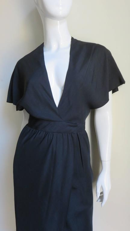 Halston Silk Plunge Wrap Dress 1970s In Good Condition For Sale In Watermill, NY