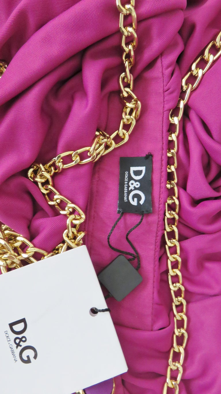 Dolce & Gabbana New One Sleeve Dress with Chains For Sale 7