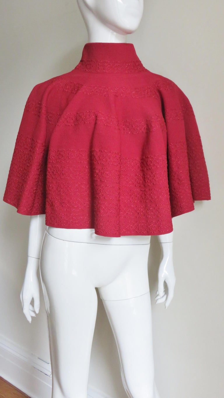 Alaia Sweater Cape Poncho  In Good Condition For Sale In New York, NY
