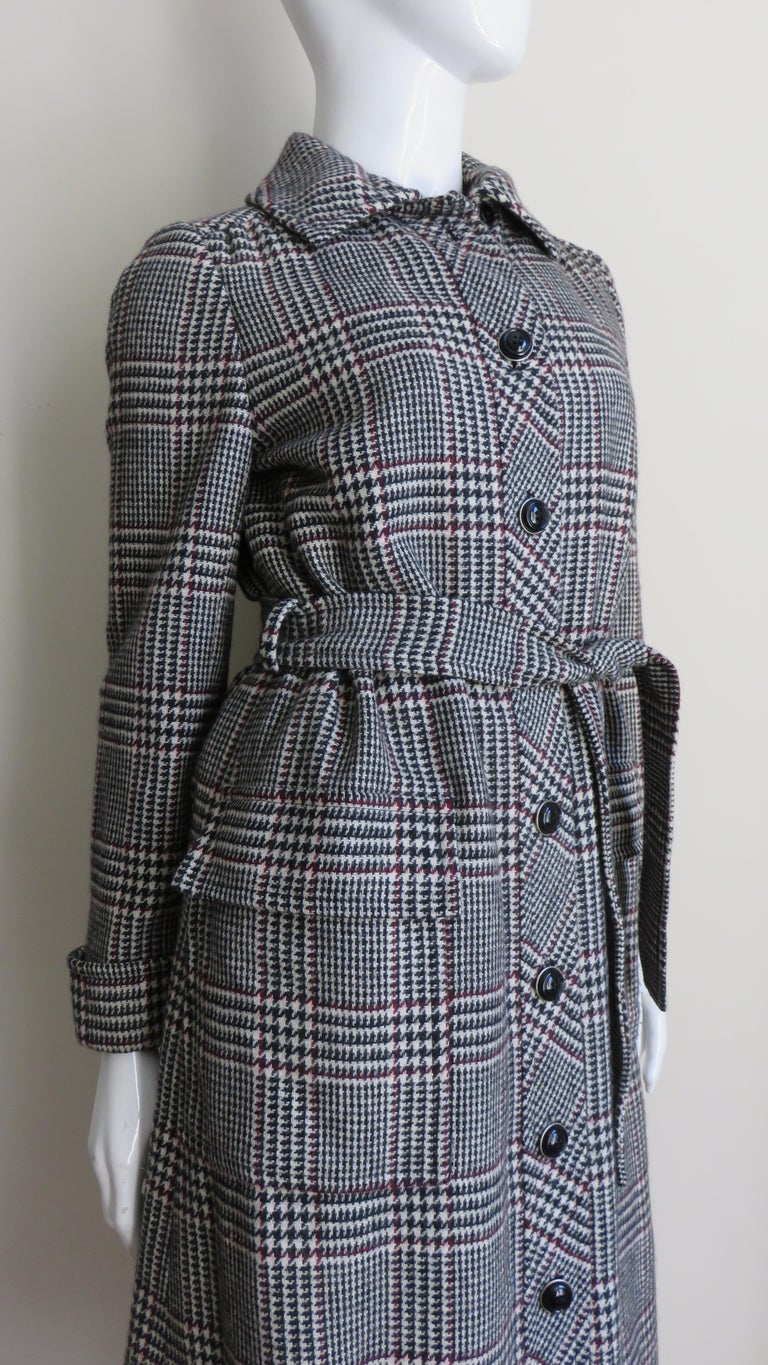 1970s Adele Simpson Wrap Coat and Matching Skirt For Sale 6