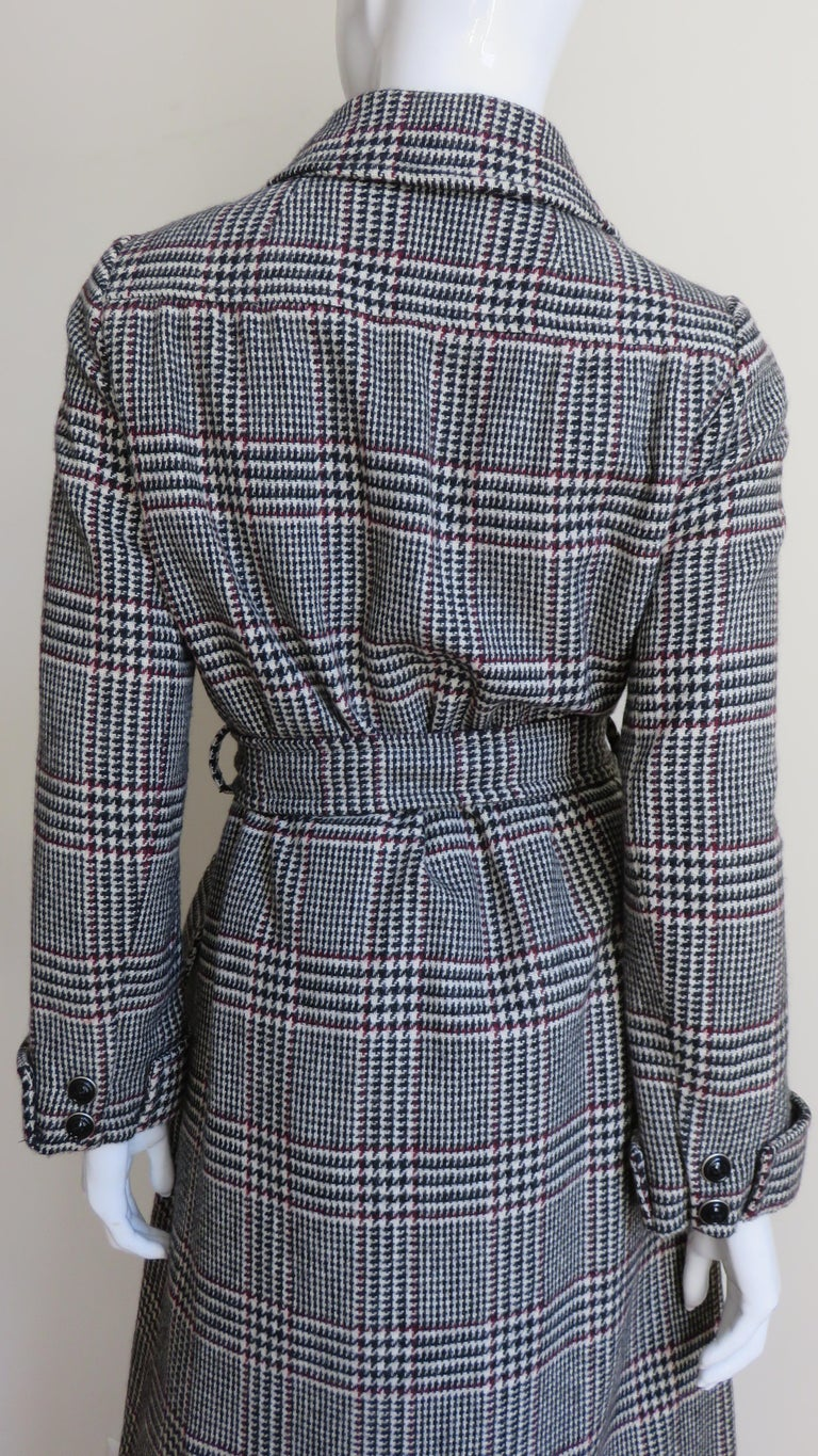 1970s Adele Simpson Wrap Coat and Matching Skirt For Sale 9