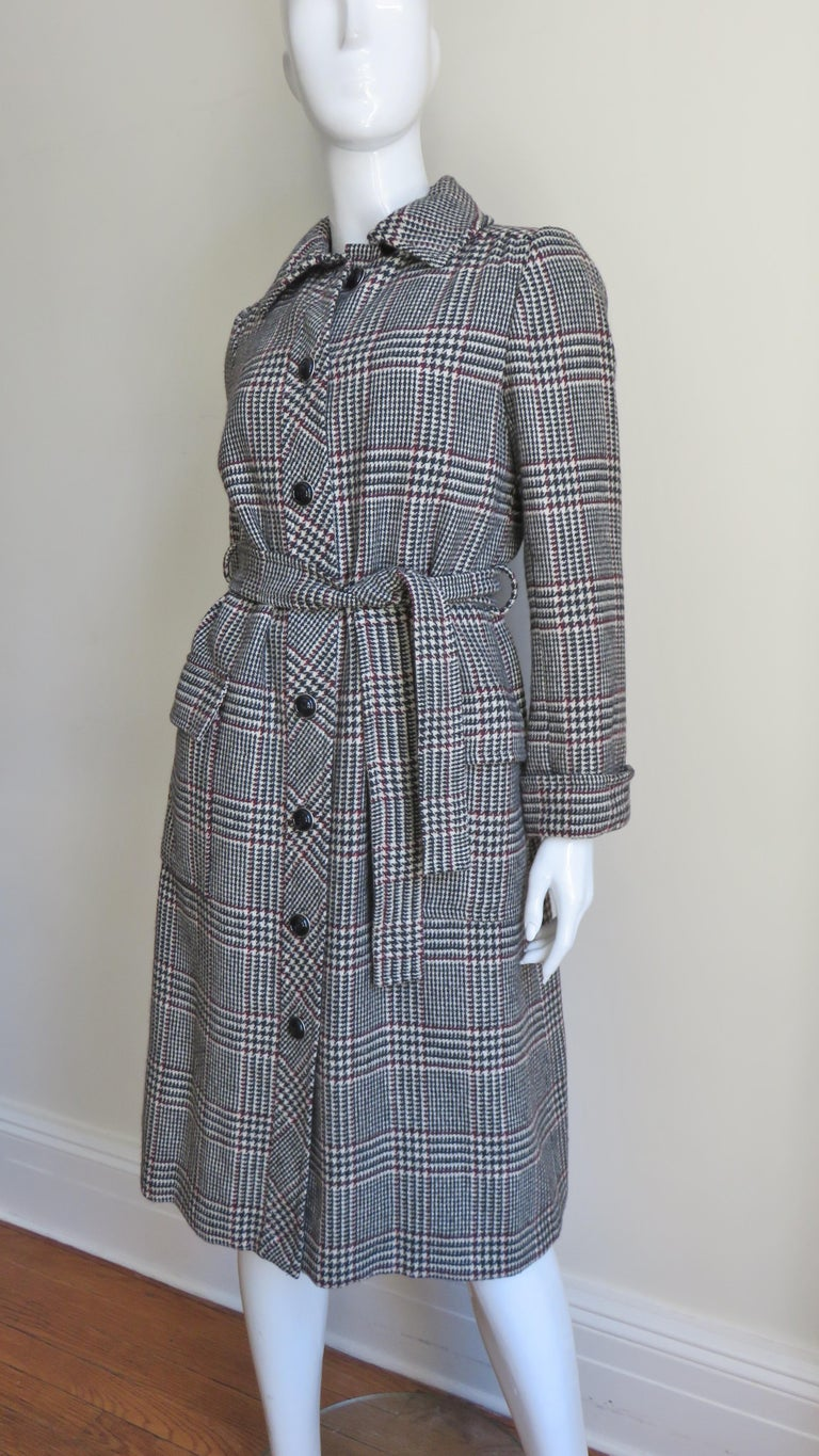 1970s Adele Simpson Wrap Coat and Matching Skirt For Sale 3