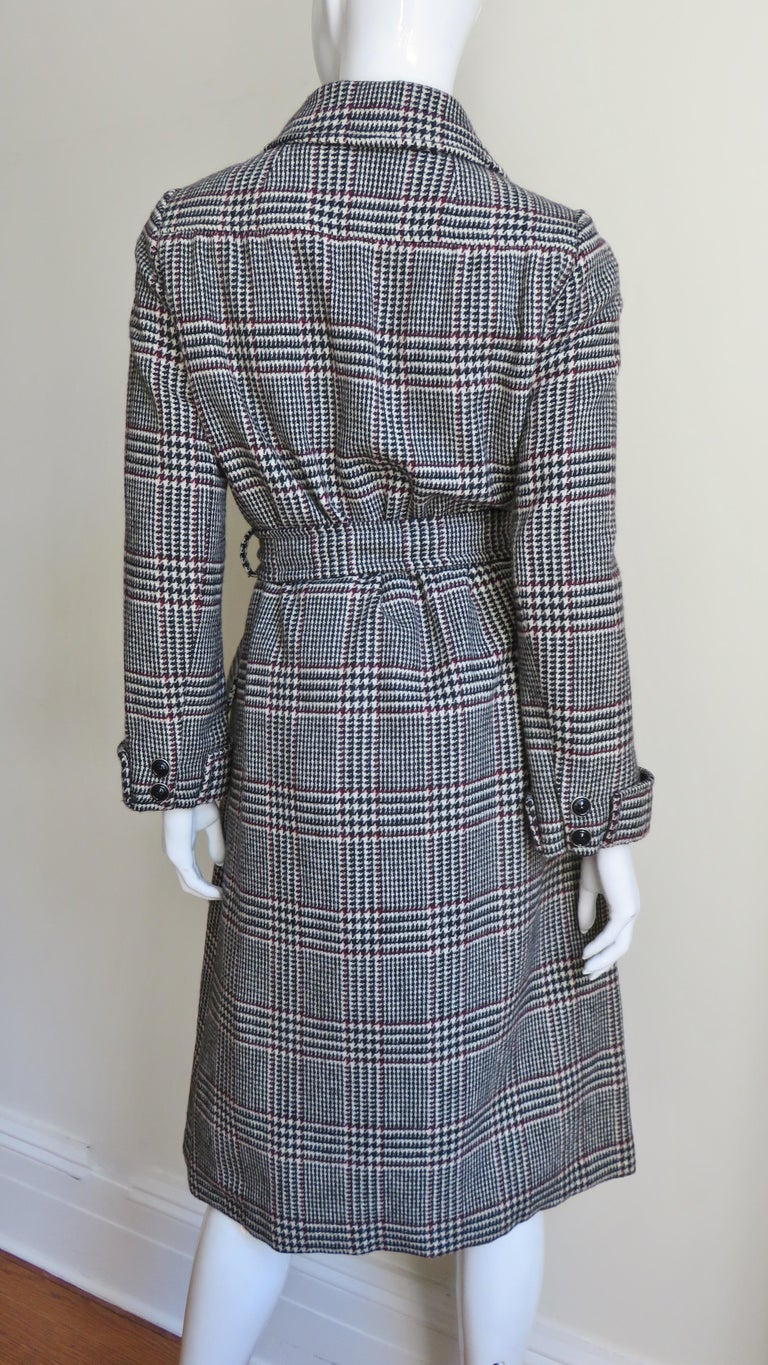 1970s Adele Simpson Wrap Coat and Matching Skirt For Sale 8