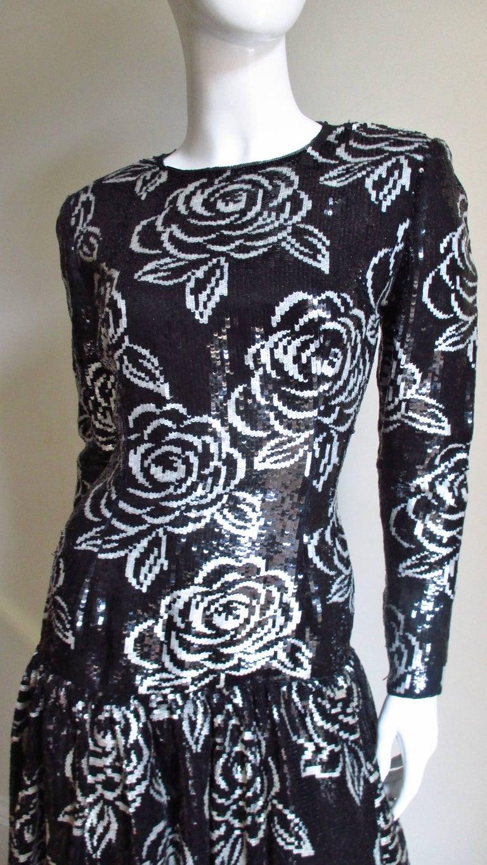 Black 1990s Oscar de la Renta Sequin Gown For Sale