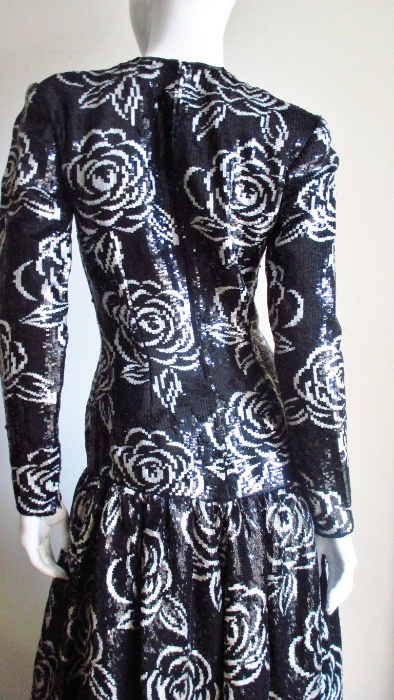 Oscar de la Renta Sequin Gown For Sale 5