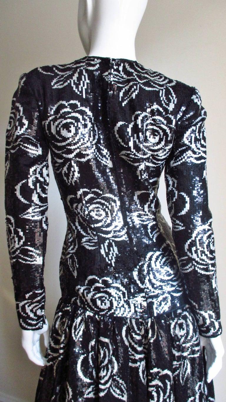1990s Oscar de la Renta Sequin Gown For Sale 6