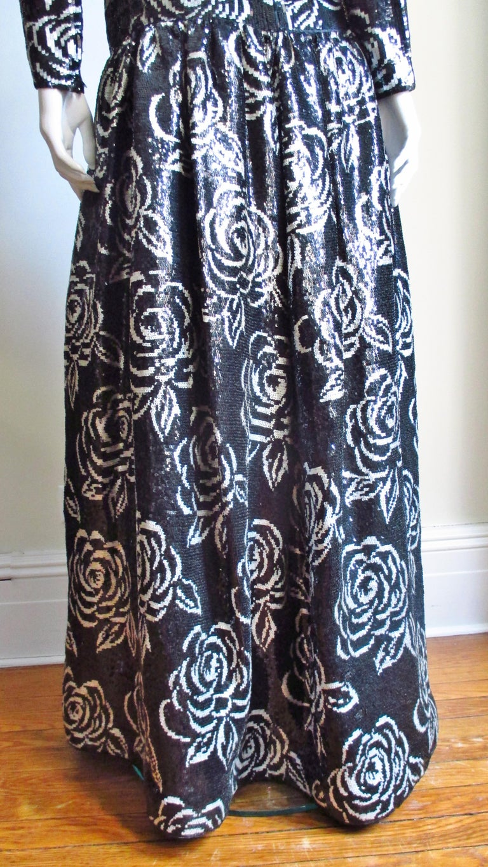1990s Oscar de la Renta Sequin Gown For Sale 7