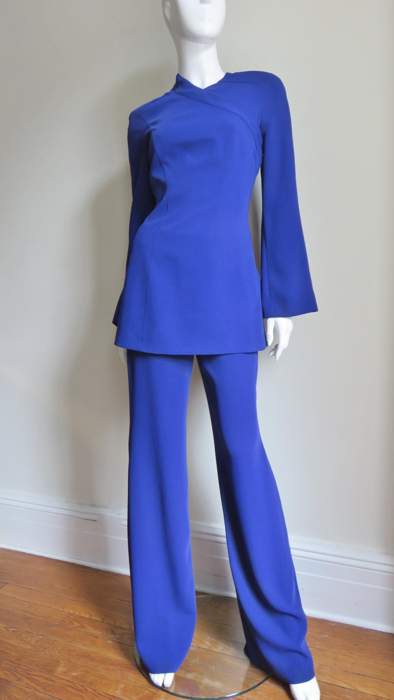 Thierry Mugler New Pants and Jacket with a Removable Sleeve In Good Condition For Sale In New York, NY