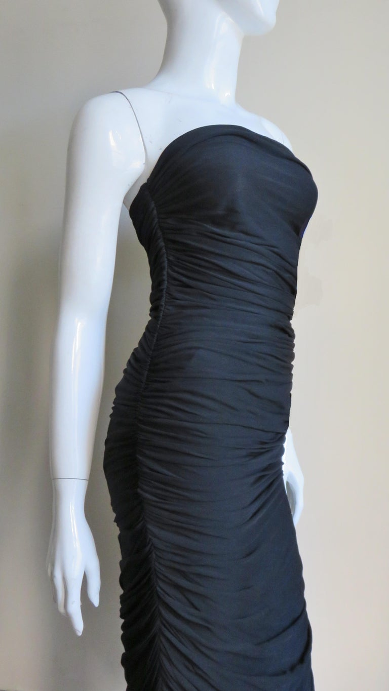 Vicky Tiel 1980s Strapless Ruched Dress For Sale 4