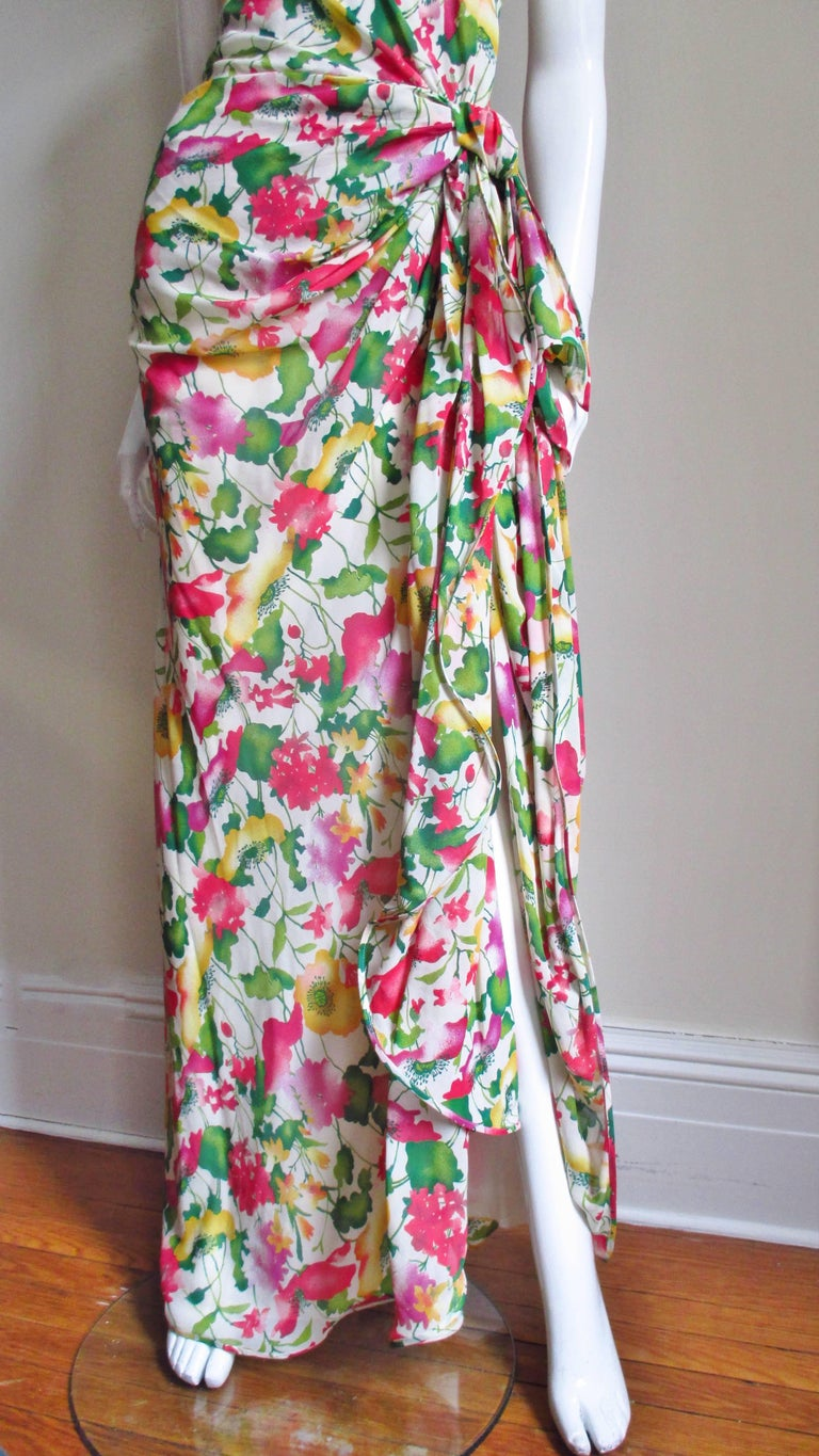 Women's Valentino Boutique Silk Flower Gown For Sale