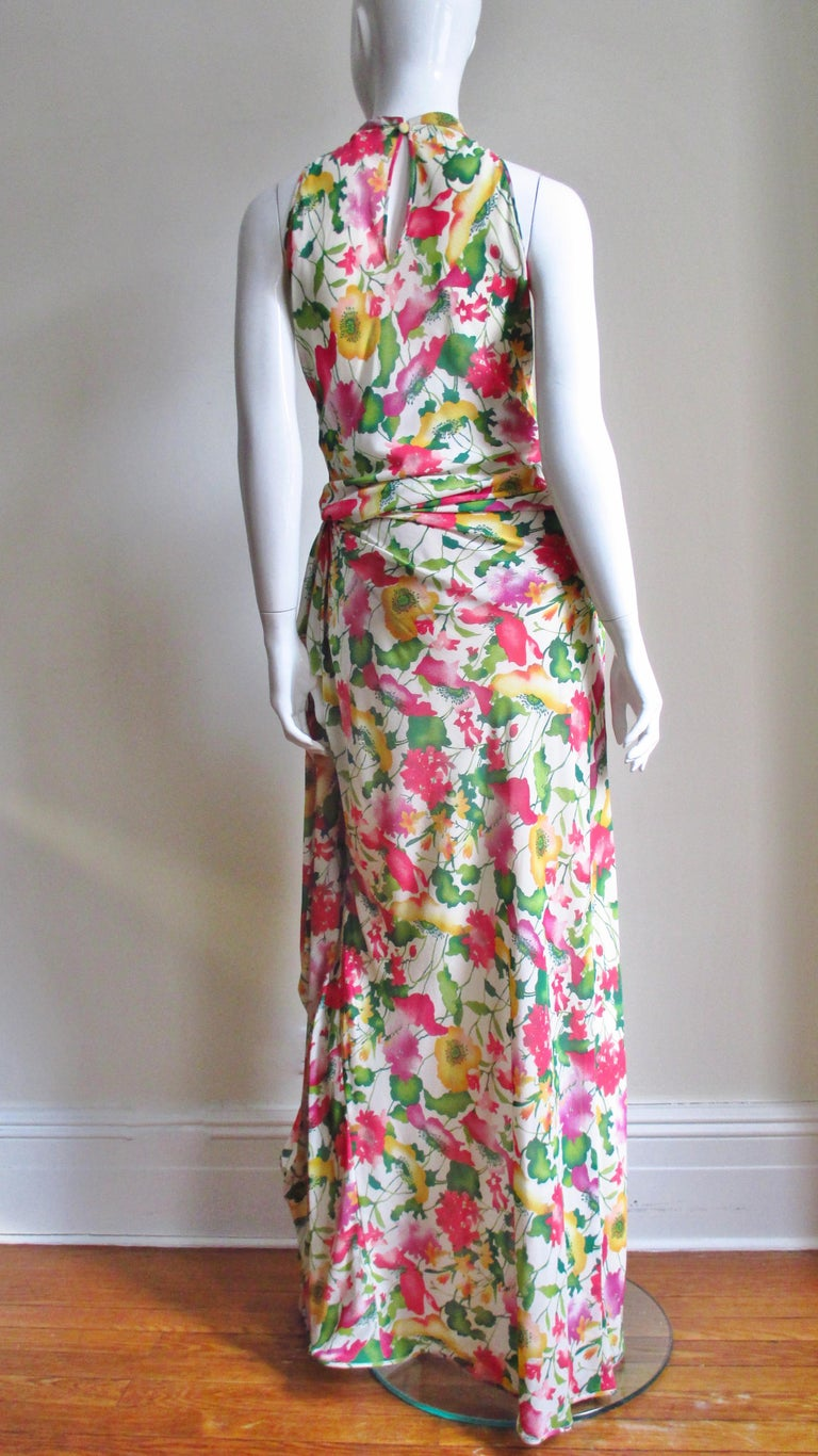 Valentino Boutique Silk Flower Gown For Sale 3