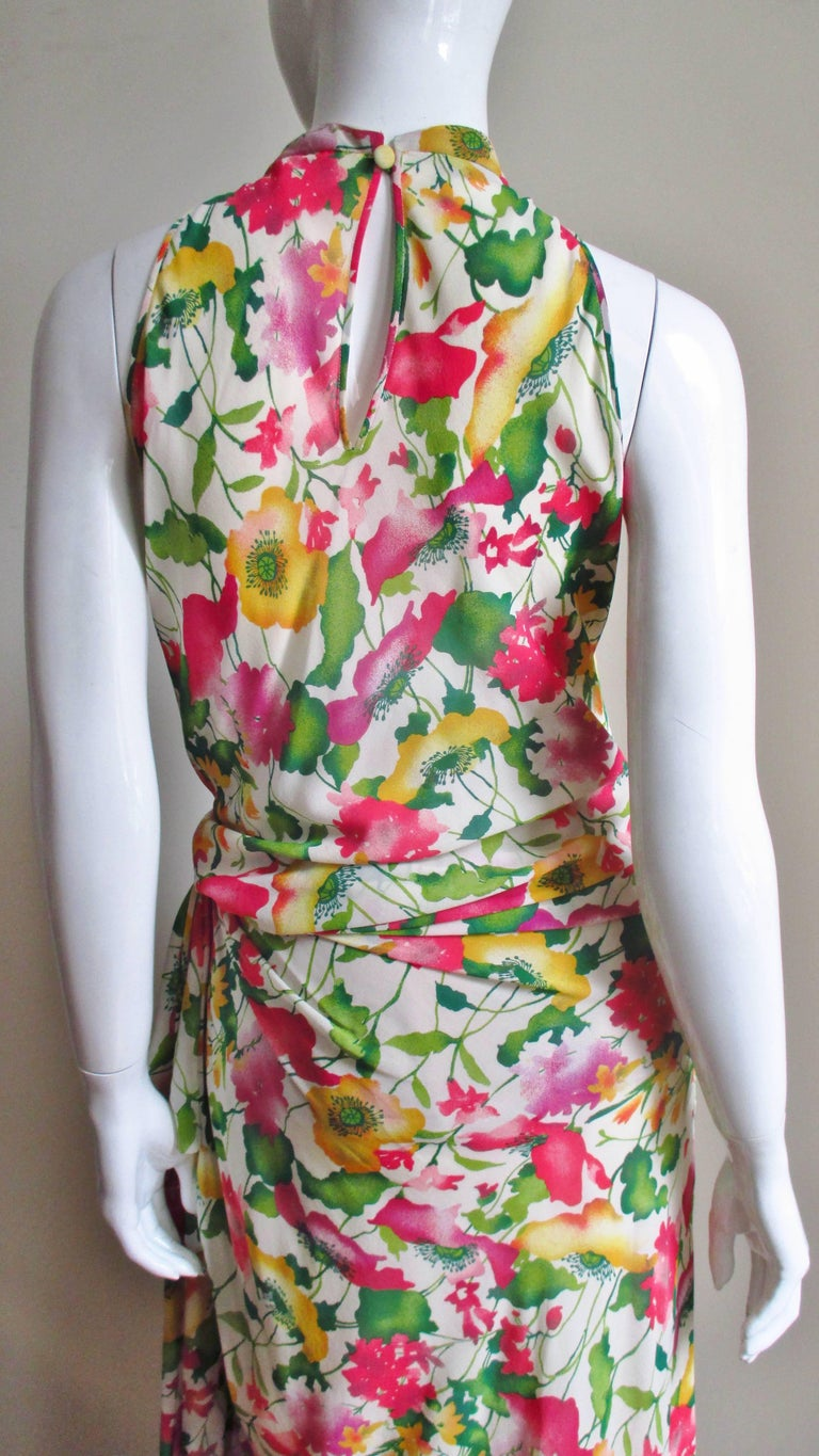 Valentino Boutique Silk Flower Gown For Sale 4