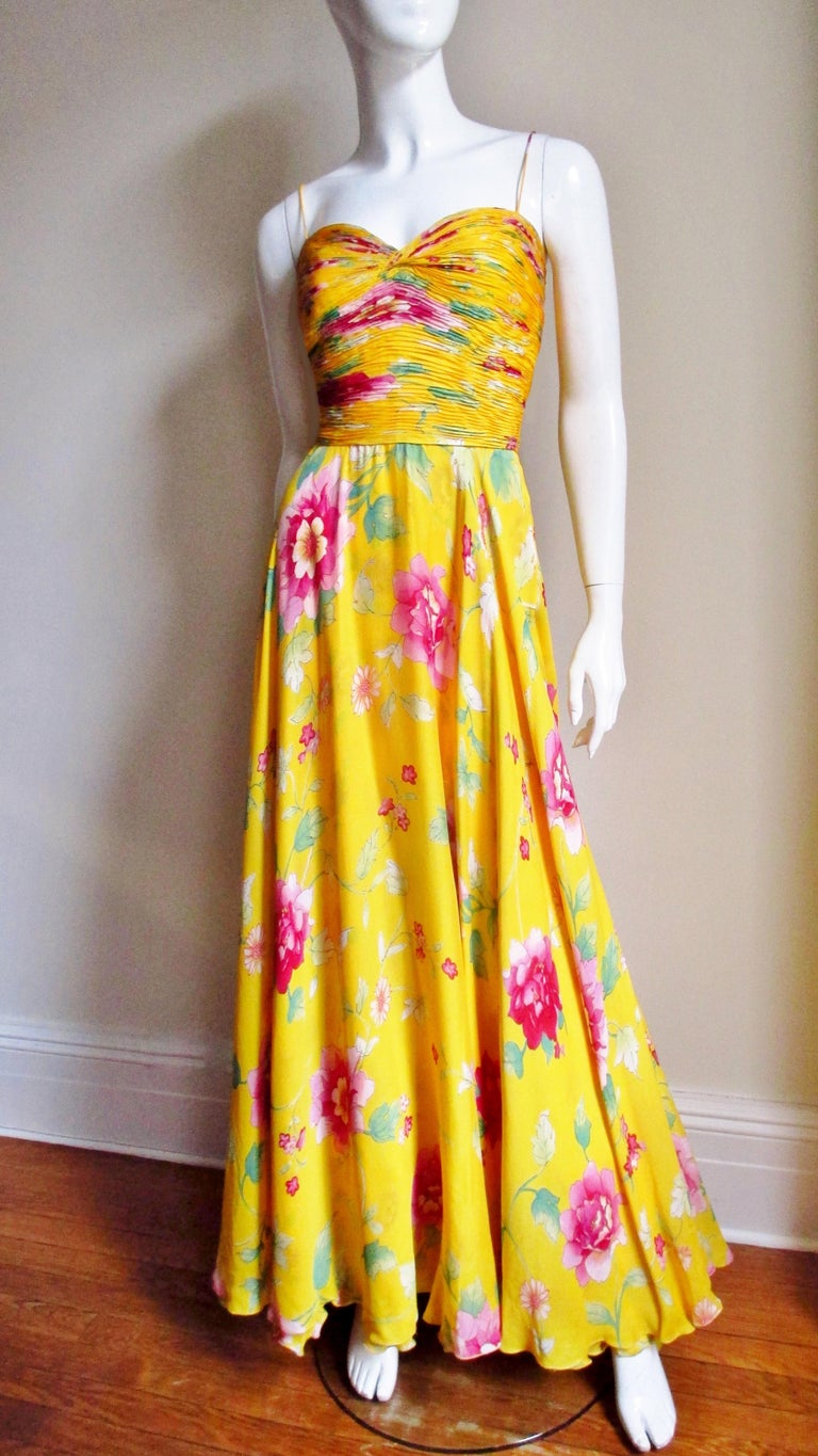 Valentino Ruched Silk Flower Gown For Sale 4