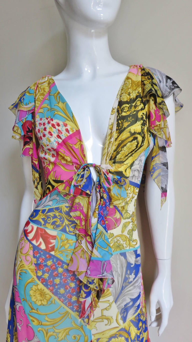 Brown Gianni Versace Silk Print Plunge Dress For Sale