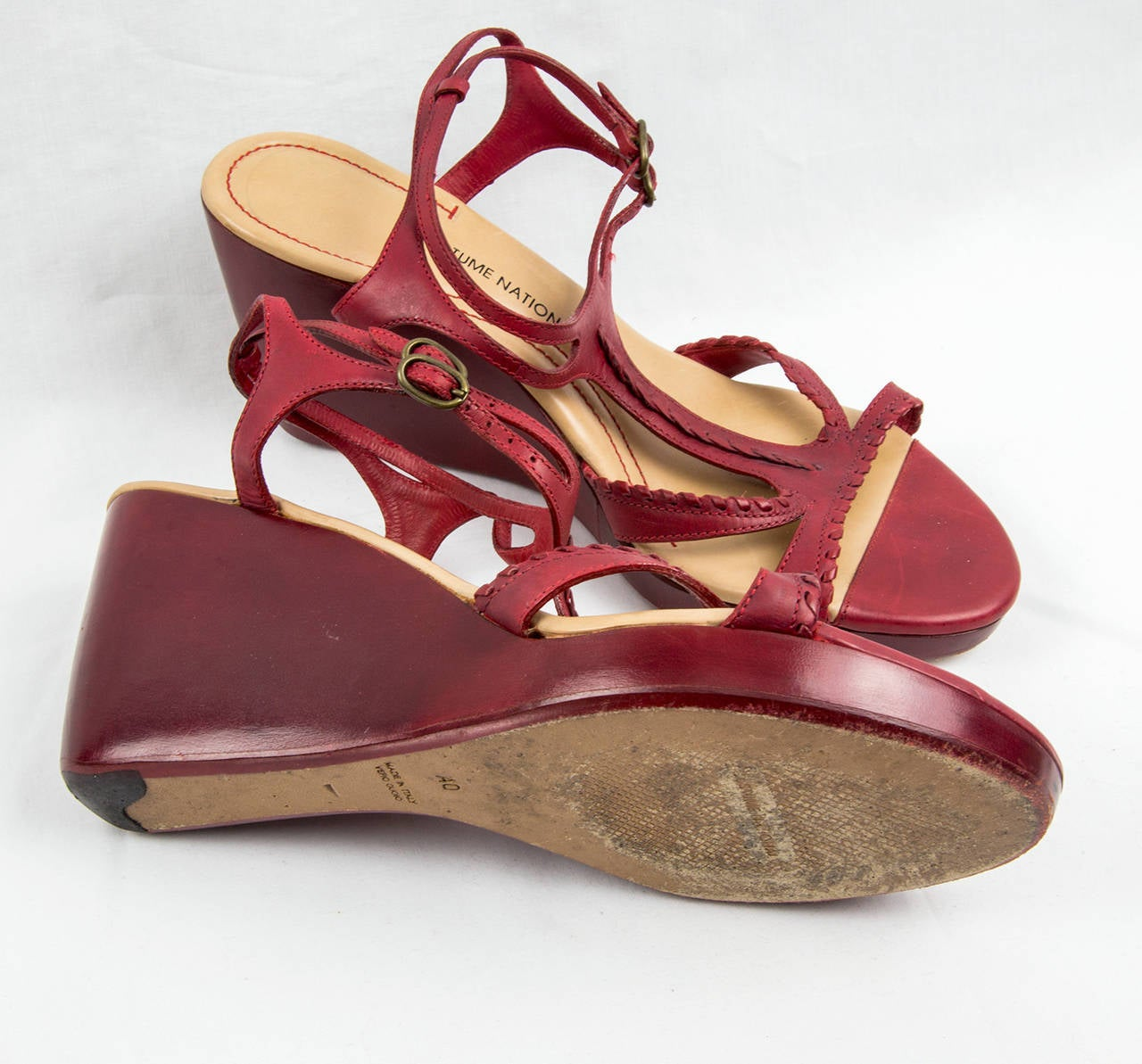Brown Vintage Costume National Italy Red Leather Shoes Size 40 For Sale