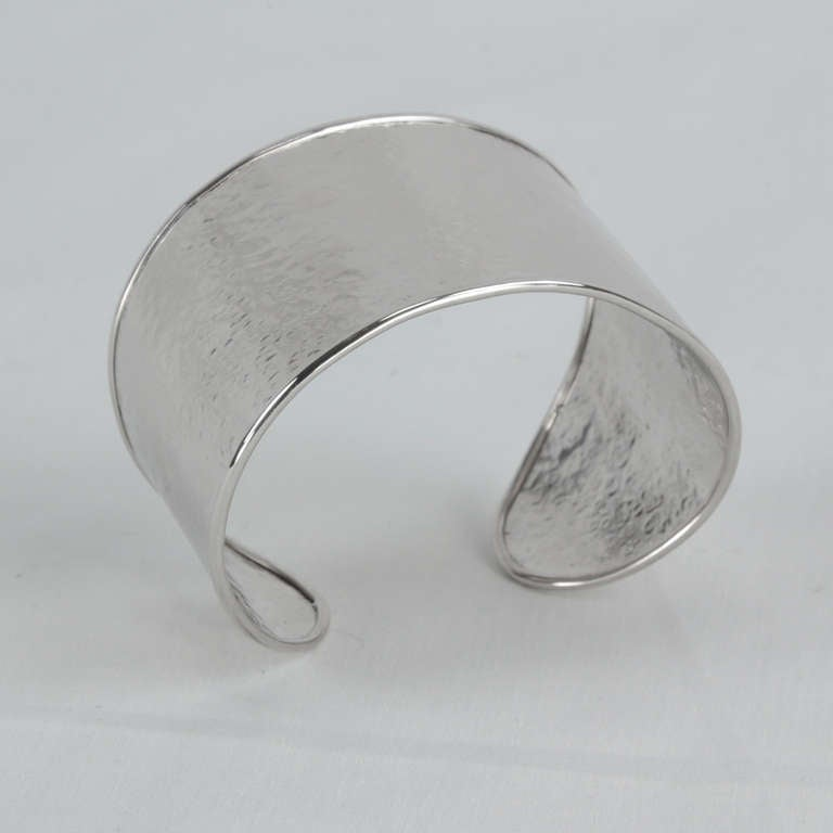 Chunky Mid Century Modern Sterling Silver Cuff Bracelet, handmade and hand hammered. Oval shape measures approx. 1.88