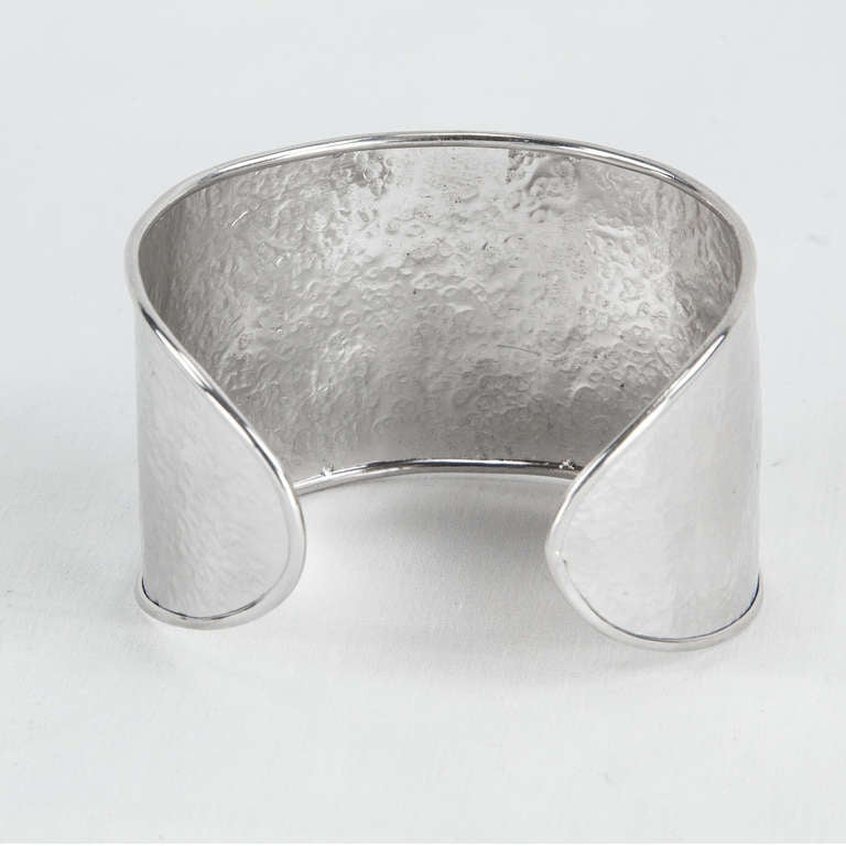 Chunky Mid Century Modern Sterling Silver Cuff Bracelet In Excellent Condition For Sale In Montreal, QC