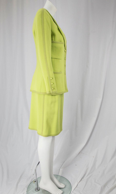 Women's CHANEL BOUTIQUE Chartreuse Green Suit Signature Chanel For Sale