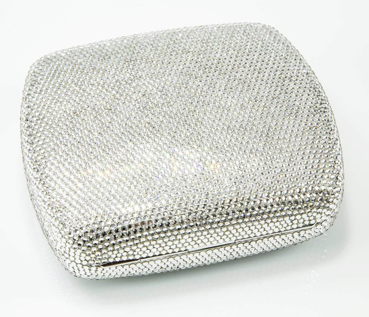 Judith Leiber Swarovski Crystals Zodiac Minaudière Brand New UnUsed Handbag In New Condition For Sale In Montreal, QC