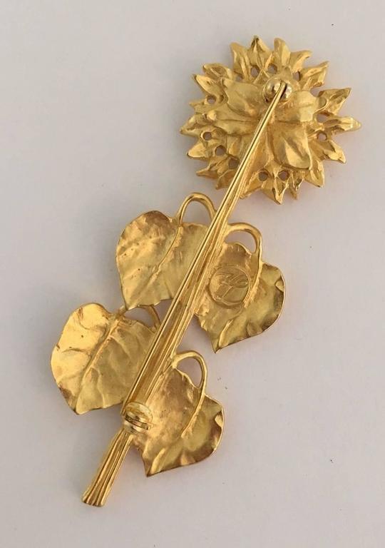 Women's Rare Karl Lagerfeld Garden Series Matte Gold Sunflower Brooch Pin For Sale