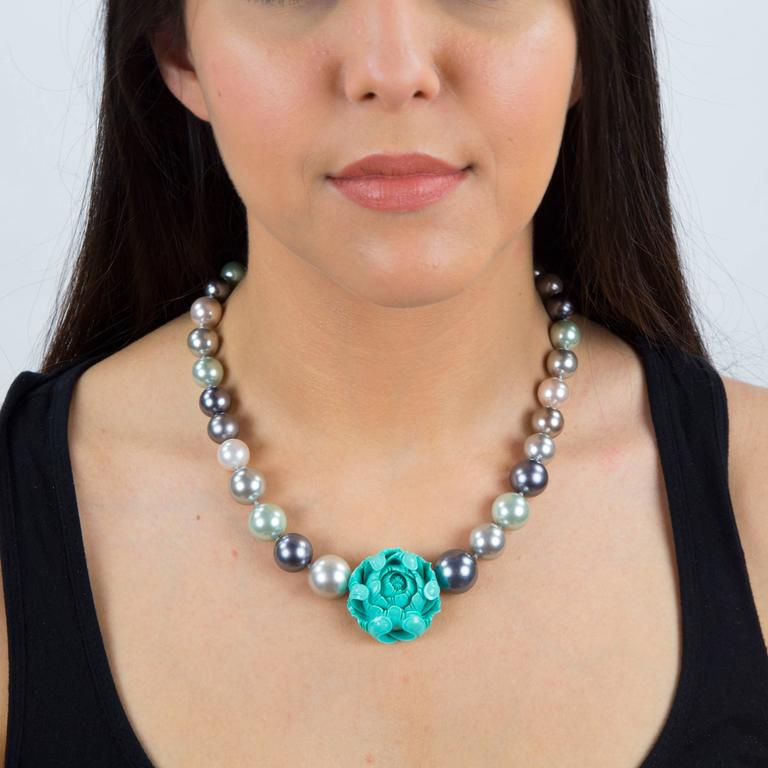 Sriking Faux Pearl and Carved Turquoise Flower Runway Necklace 2