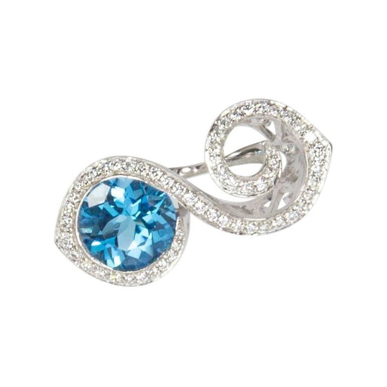 Contemporary Toi et Moi Bypass Topaz CZ Sterling Silver Rhodium Ring For Sale