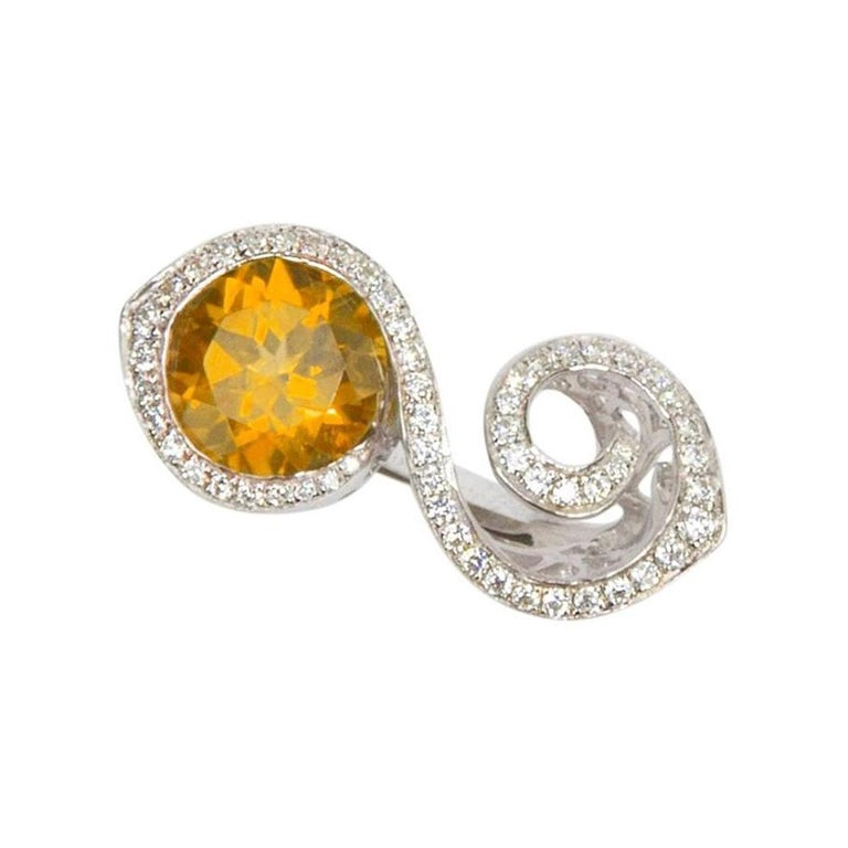 Contemporary Toi et Moi Bypass Citrine CZ Sterling Silver Rhodium Runway Ring For Sale