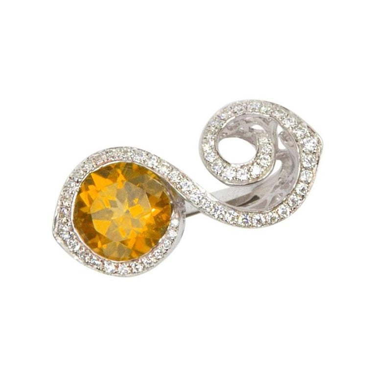 Toi et Moi Bypass Citrine CZ Sterling Silver Rhodium Runway Ring In New Condition For Sale In Montreal, QC