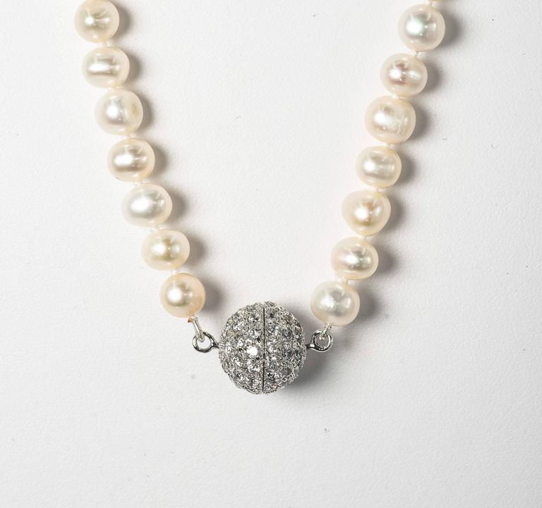 Faux Coral Pearl Diamond Domed Tassel Necklace In Excellent Condition For Sale In New York, NY