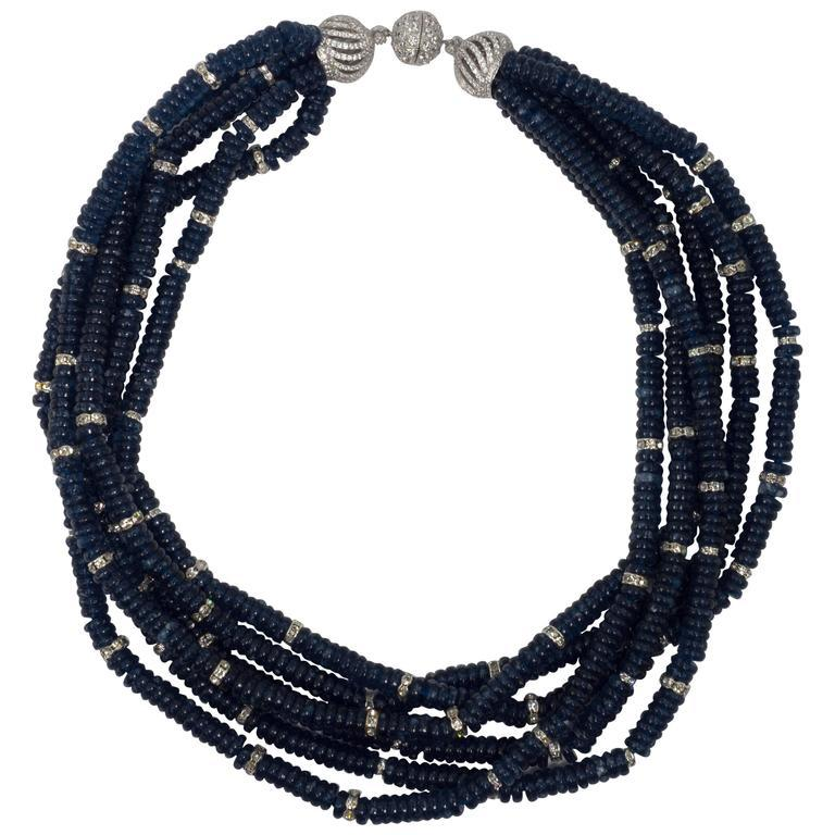 Vintage Bergdorf Goodman Chic Faux Sapphire Crystal Rondel Twist Collar Necklace In New Condition For Sale In New York, NY