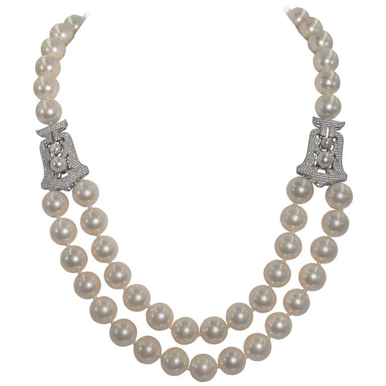 Audrey Hepburn Style Faux Pearl Cubic Zirconia Necklace In New Condition For Sale In New York, NY