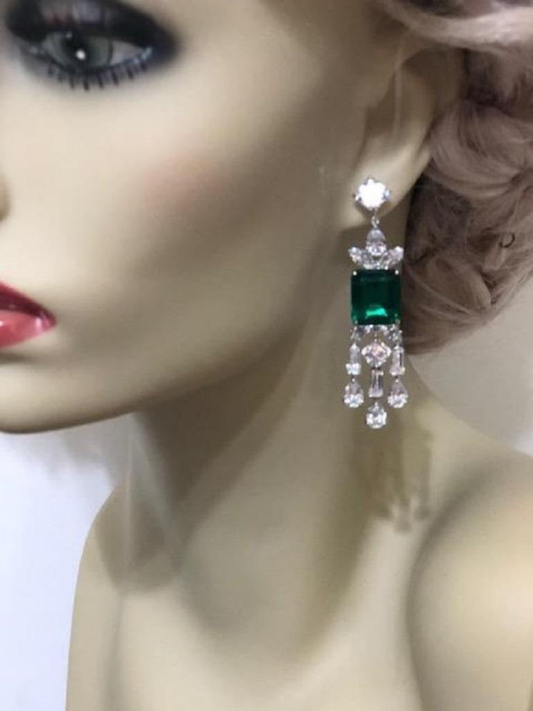 Atemberaubende synthetische Smaragd Diamant Sterling Ohrringe 2