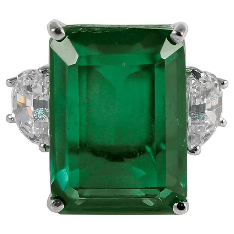 20 Carat Synthetic Rectangular Step Cut Green Emerald Cubic Zirconia Gold Ring 1