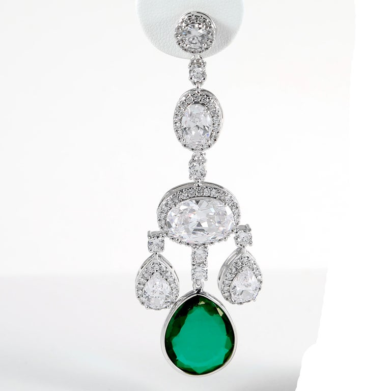Synthetic  Diamond Emerald Girandole Chandelier Earring In Excellent Condition For Sale In New York, NY