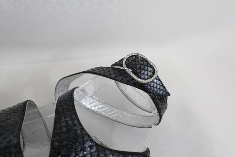 Chanel Silver Lezard Sandals. Size EU 38 In Good Condition For Sale In Paris, FR