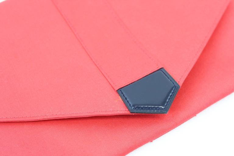 Women's Vintage Hermès Red Evening Clutch For Sale