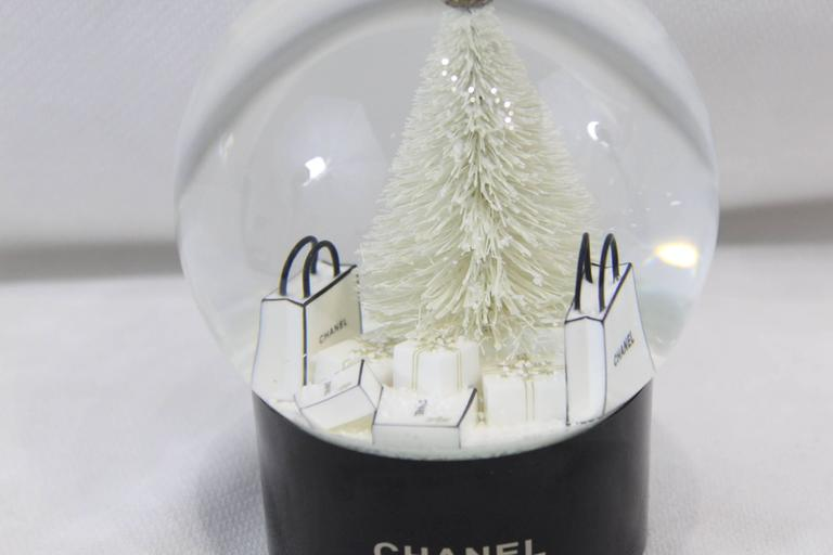 Chanel Christmas Snowball Representing Shopping Bags 2