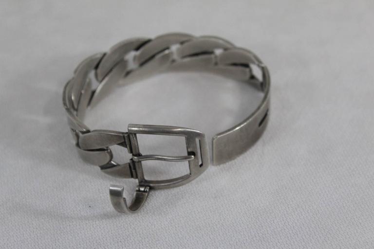 a8a8f97ac72d9 Gucci Vintage Silver Belt Bracelet