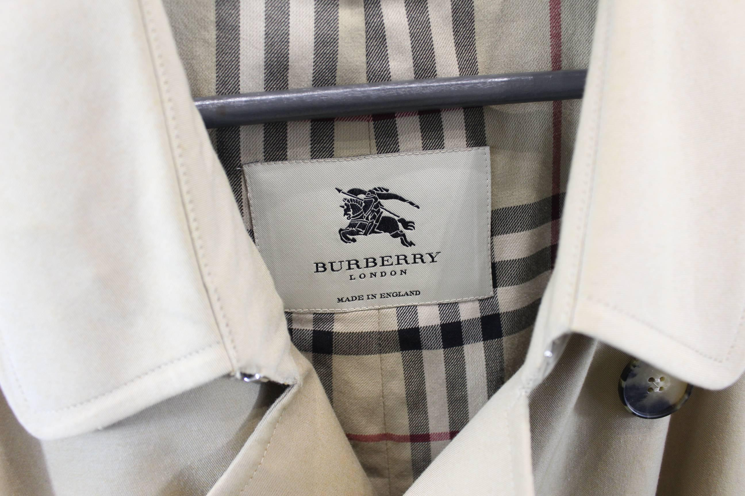 Burberry Mens Trench Coat. Size European 52 at 1stdibs c5bb4ab3a1a