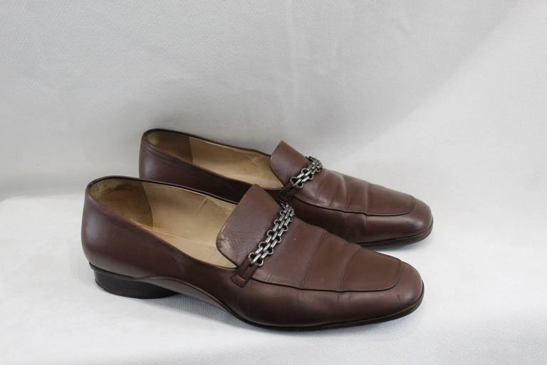 Chanel 2.55 Shoes in Brown Leather For Sale 2