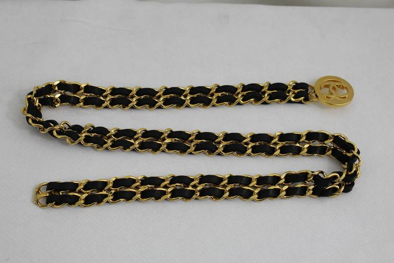 Women's or Men's Vintage Chanel  Golden metal and Black Leather Chain Belt For Sale