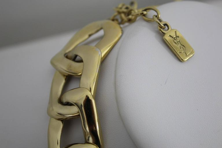 Vintage Yves Saint Laurent Jewlery Set in GOld Plated Metal For Sale 1