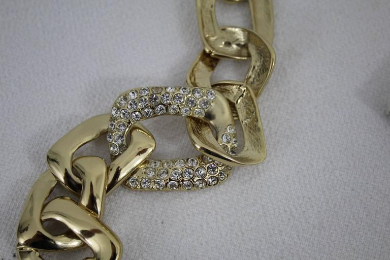 Vintage Yves Saint Laurent Jewlery Set in GOld Plated Metal For Sale 3