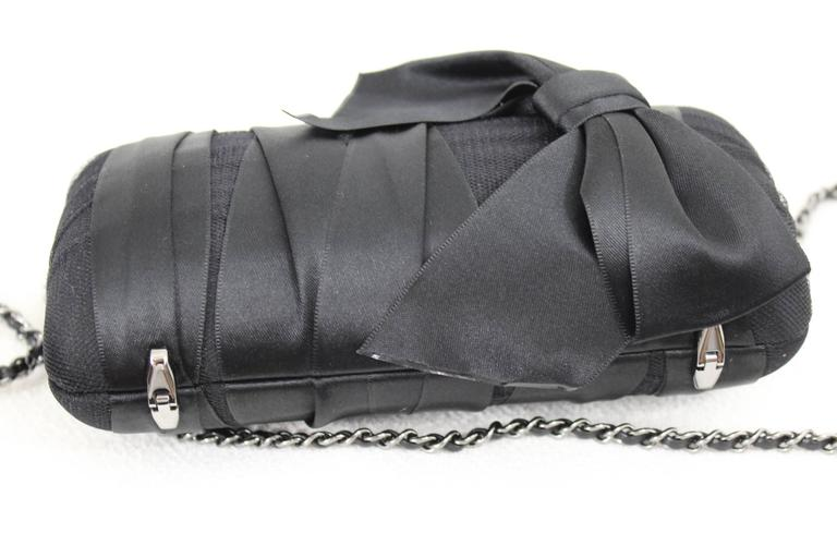 Chanel Black Evening  Silk Clutch with Silver Hardware In Excellent Condition For Sale In Paris, FR
