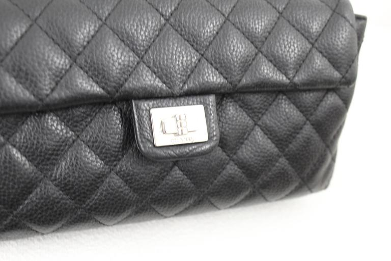 0c7ae4a28dd89b Chanel Uniform Grained Leather 2.55 Beltbag. Adjustable Belt In Good  Condition For Sale In Paris